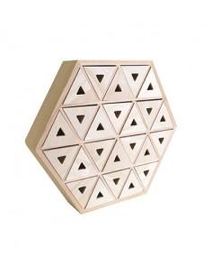 Armoire en forme hexagonale...